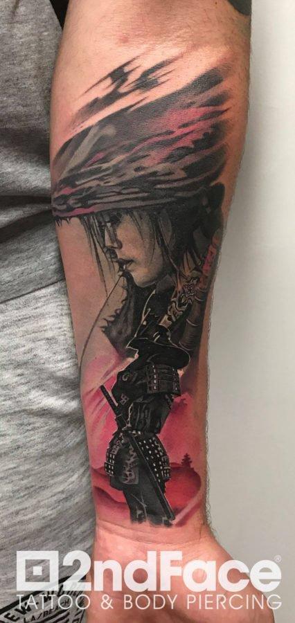 femeie-samurai-tatuaj