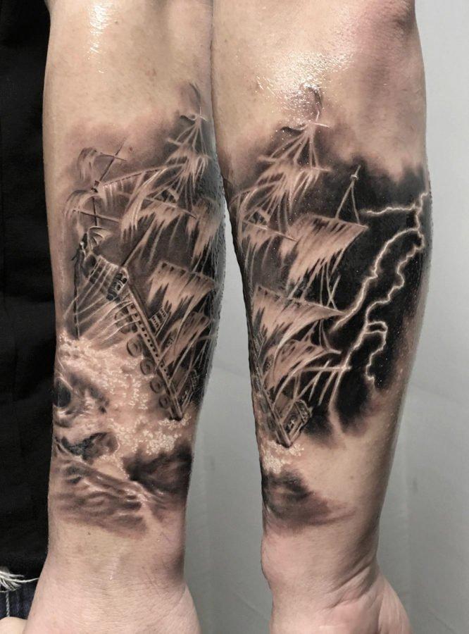 mare-corabie-tatuaj
